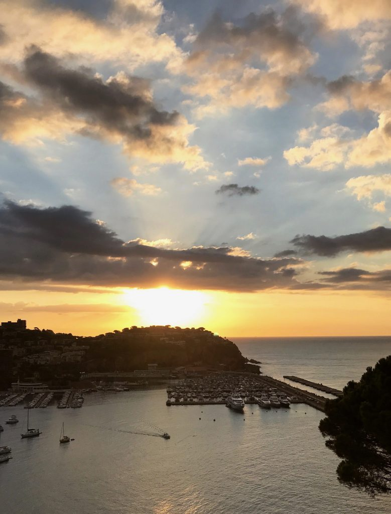 Costa Brava Travel Guide by Tiana Pongs