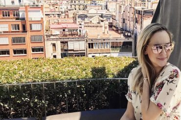 Barcelona Travel Guide by Tiana Pongs
